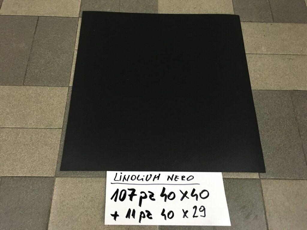 pavimento linoleum nero